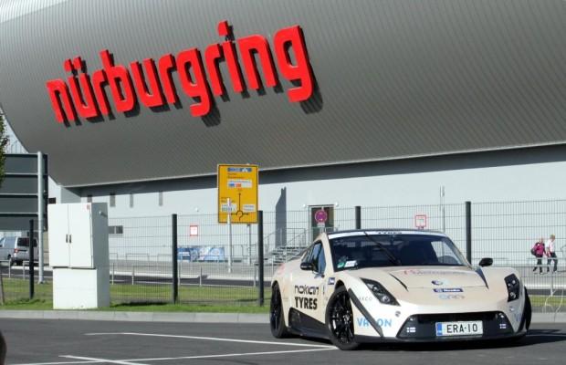 Fliegender Finne: E-Sportwagen mit neuem Nordschleifenrekord