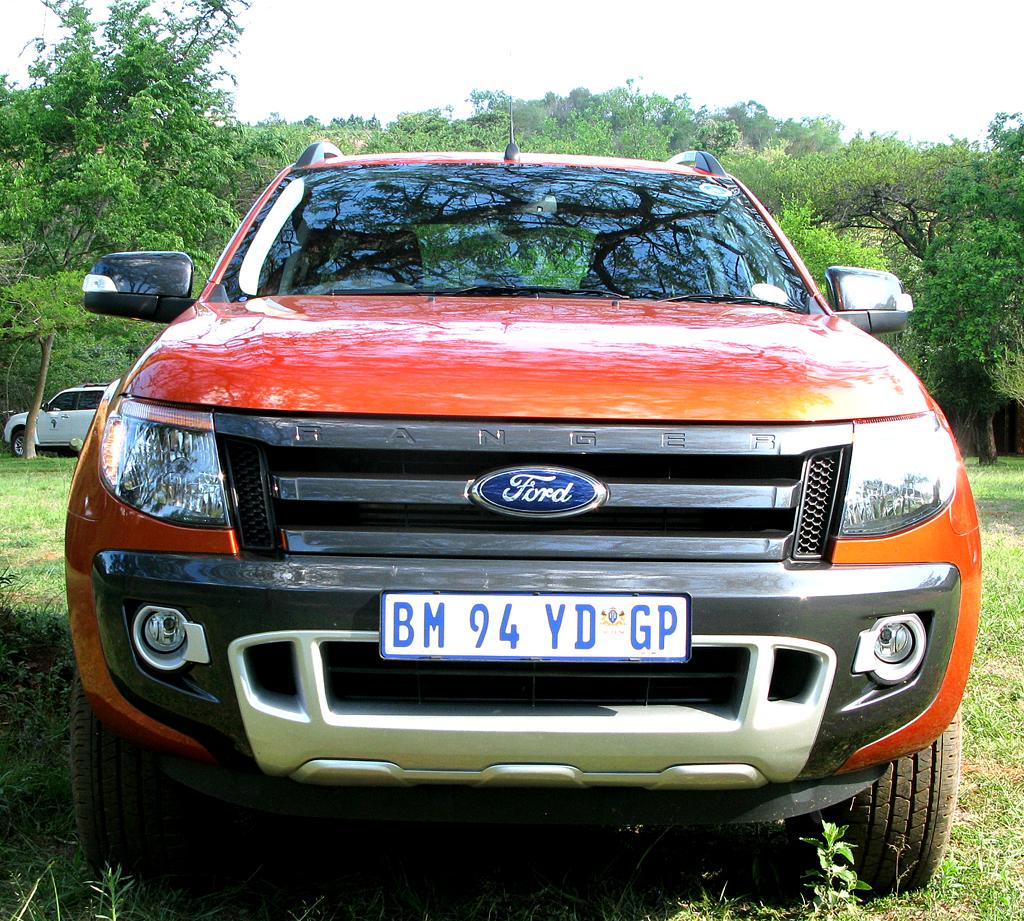 Ford Ranger: Der Front macht den bulligen Gesamteindruck deutlich.