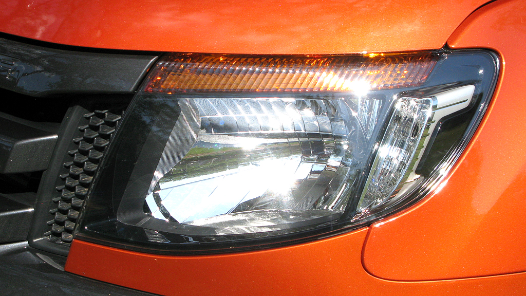 Ford Ranger: Moderne Leuchteinheit vorn.