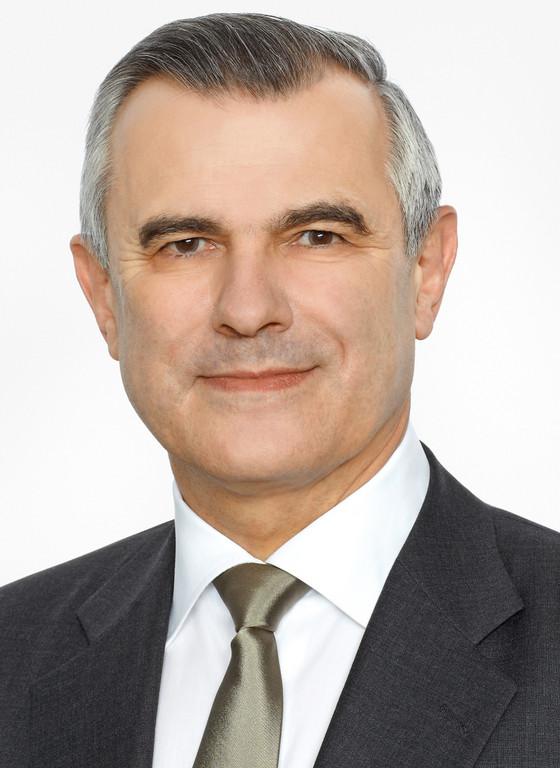 Horst Schneider.