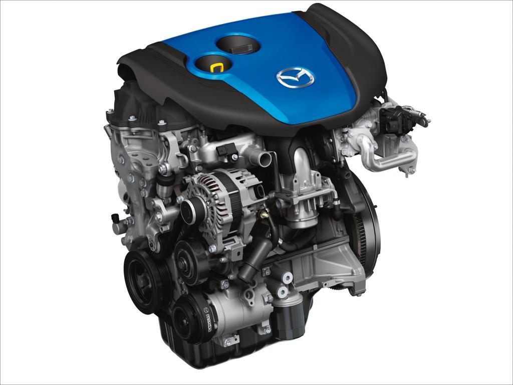 Im Crossover-SUV Mazda CX-5 kommt der Dieselmotor Skyactiv-D 2.2 mit vermindertem Stickoxid-Ausstoß zum Einsatz.