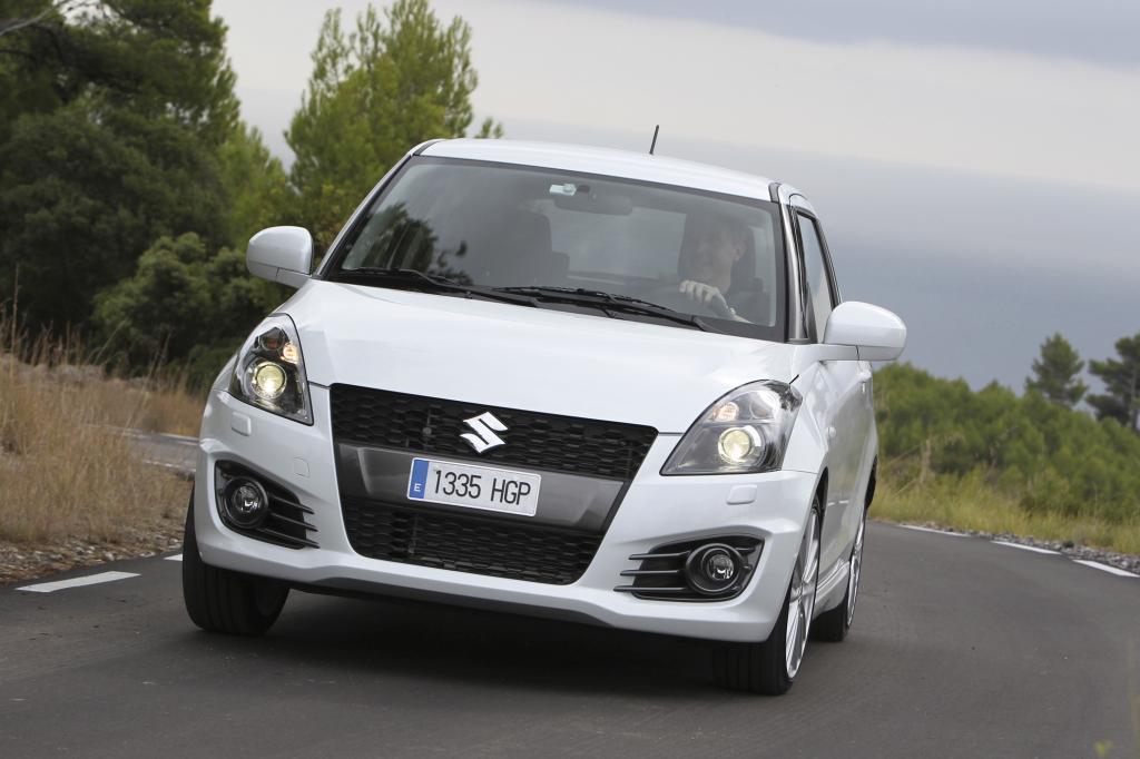Im Vergleich zum Vorgänger hat der neue Swift Sport um 11 auf 136 PS (100 kW) zugelegt