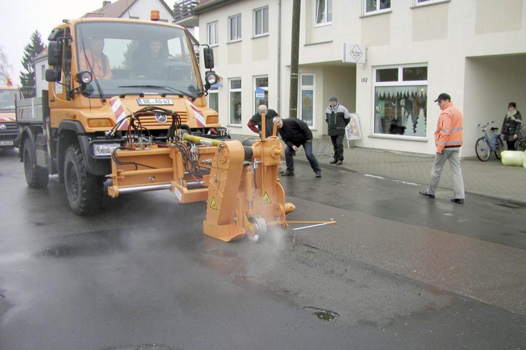 Jede Gemeinde hat für die Verkehrssicherheit ihrer Straßen zu sorgen und selbst bei leeren Kassen die Sicherheit des Straßenverkehrs in zumutbarer Weise gewährleisten.