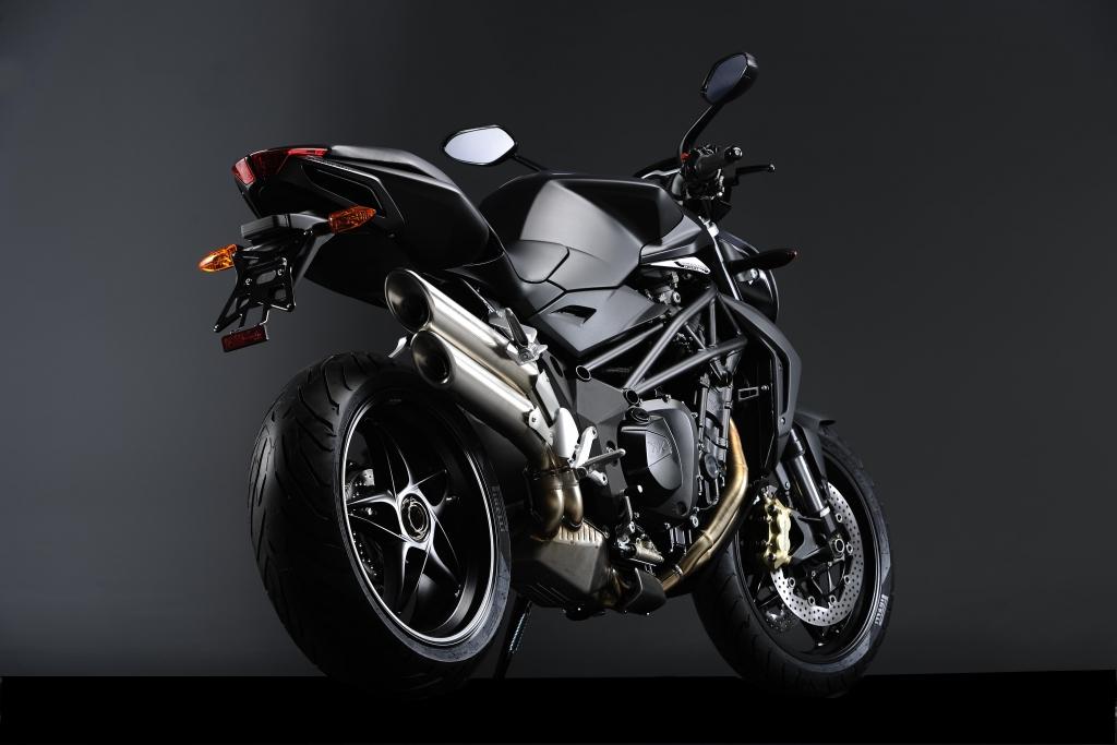 MV Agusta Brutale 920: Neues Naked Bike erweitert Modellfamilie nach unten