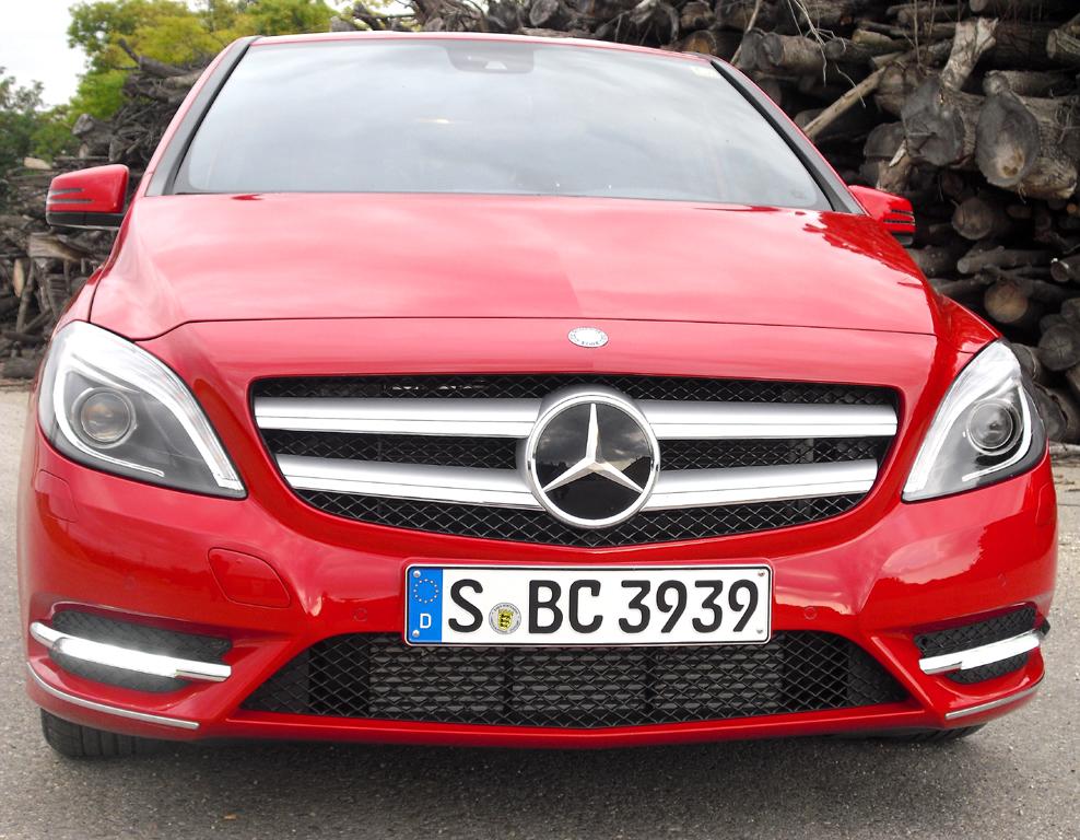 Mercedes B-Klasse: Blick auf die Frontpartie des Sports Tourers.