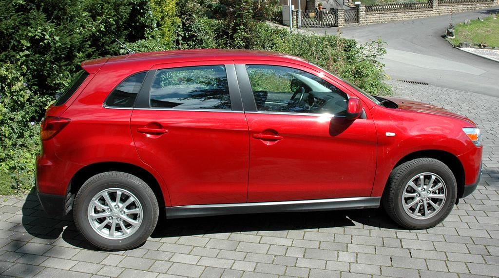 Mitsubishi ASX: Und so sieht der Crossover-SUV von der Seite aus.