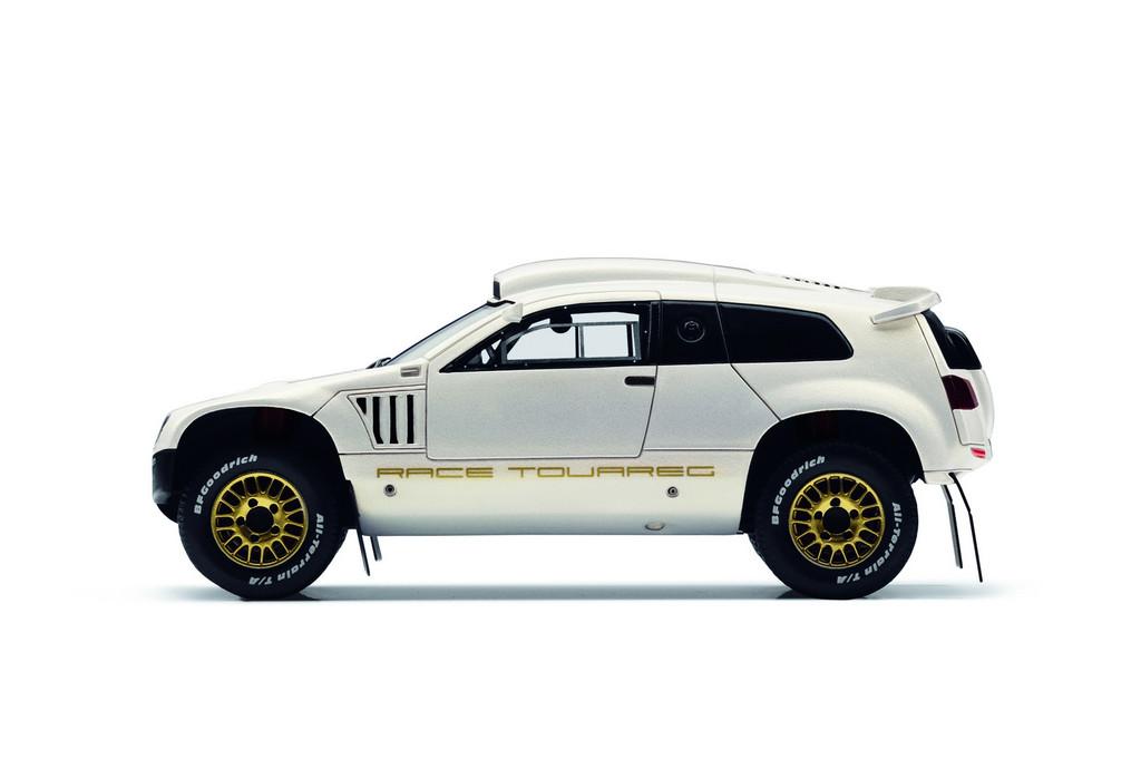 Modellauto Volkswagen Race Touareg 3 Katar Editon.