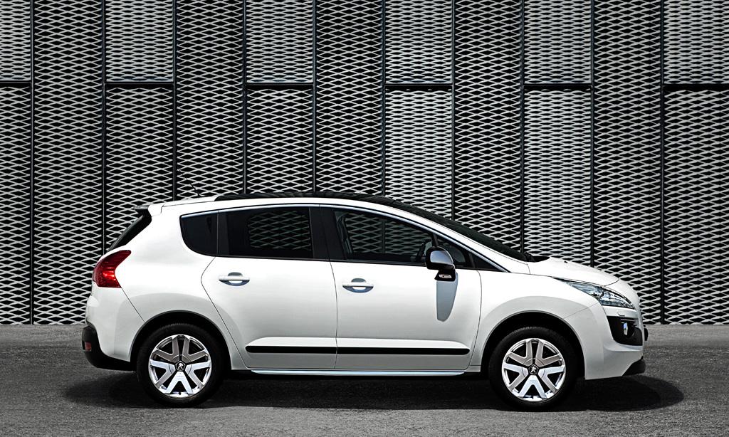 Peugeot 3008 Hybrid4: Und so sieht der jüngste Spross der Franzosen von der Seite aus.