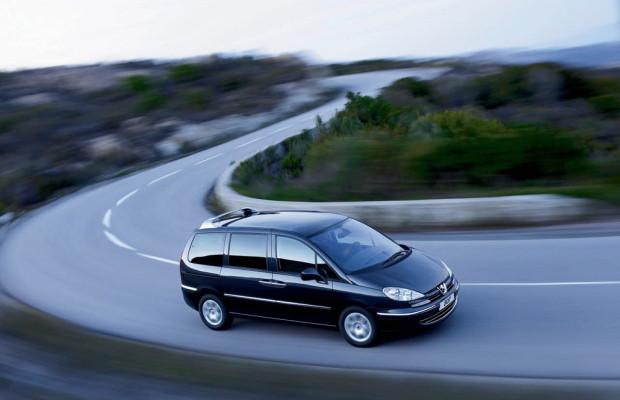 Peugeot verbessert Ausstattung des Modells 807