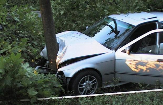 Recht: Volle Haftung bei Unfall mit Mietwagen