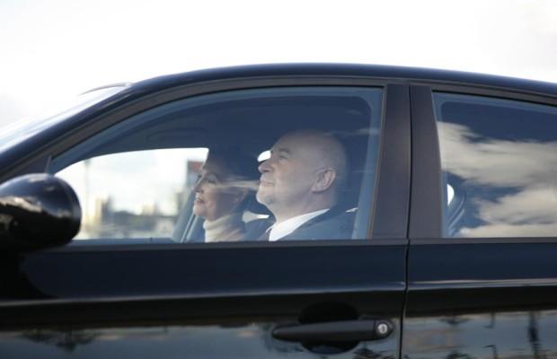 Senioren: Wann ist der Führerschein abzugeben?