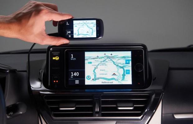 Smartphone wird zur Kommunikationszentrale im Auto