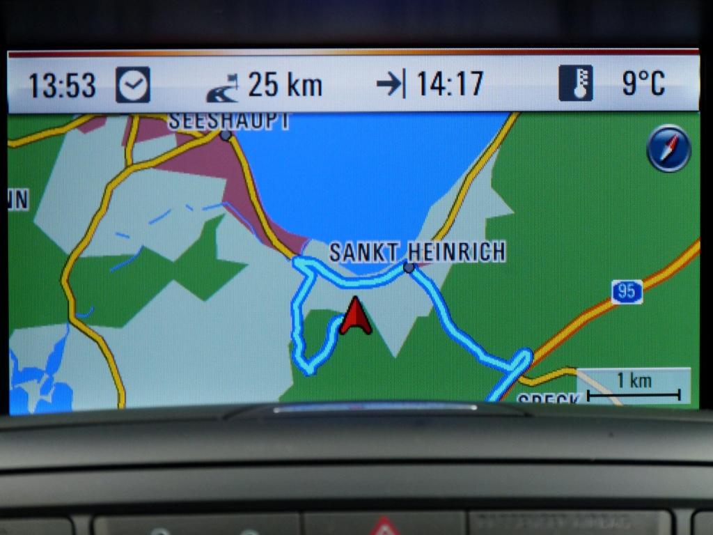 Test Opel Zafira Tourer: Der fährt auch alleine ...