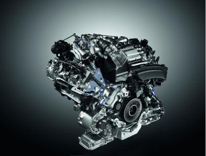 Vergleich: Hochleistungsmotoren von BMW M5 und Audi S8