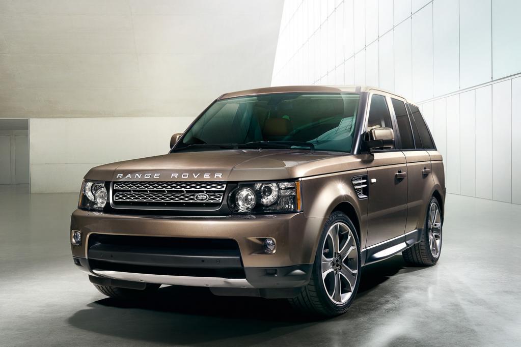 Wie beim baugleichen Discovery erhält der Range Rover Sport nun eine sanft und souverän schaltende Achtgangautomatik.