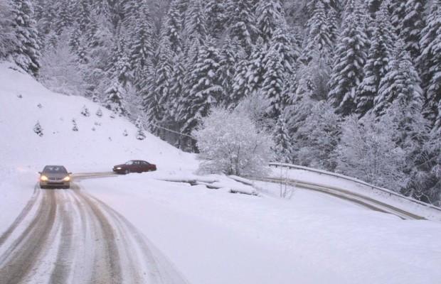 Wintereinbruch führt zu Alpenpass-Sperrungen
