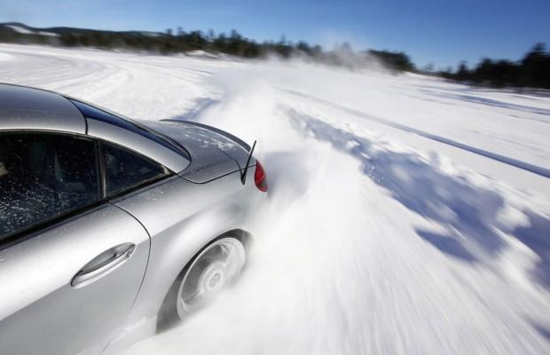 auto.de-Umfrage: Etwa 5 Mio. PKW fahren in diesem Winter ohne Winterbereifung / Auch Strafen schrecken Halter nicht ab