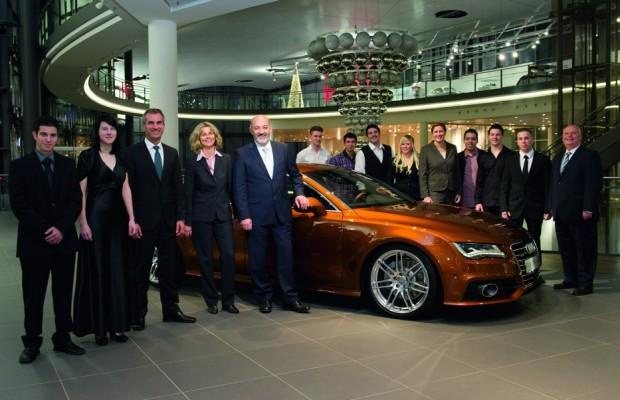 159 junge Menschen beenden ihre Ausbildung bei Audi