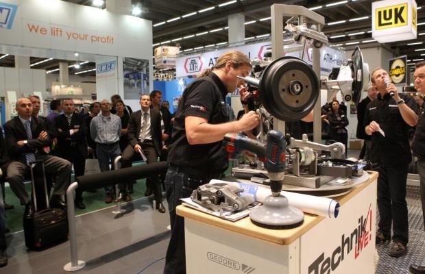 Automechanika 2012: Energie- und Mobilitätskonzepte der Zukunft