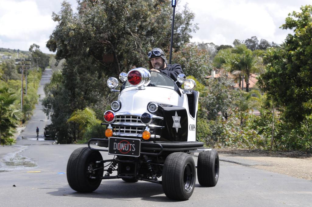 Bumper-Cars: Tom Wright auf seinem Auto-Scooter von 1953.