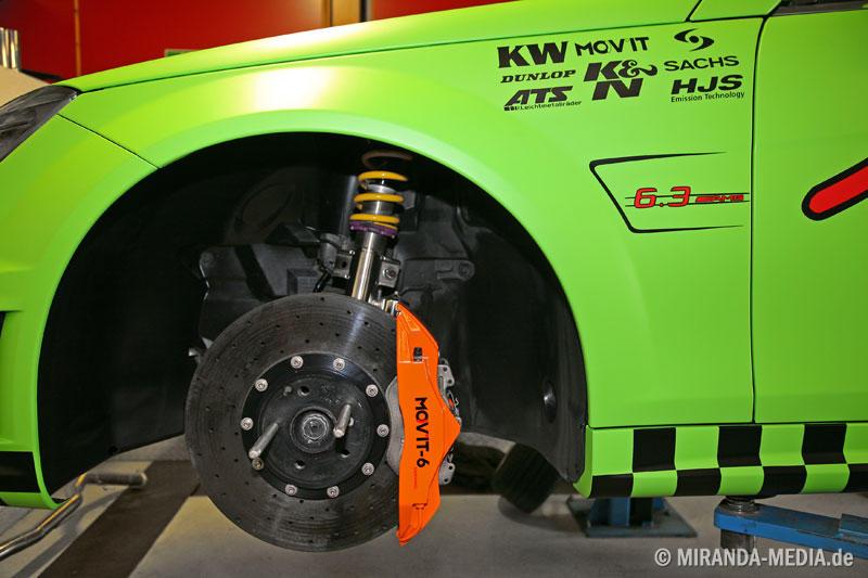 Der Bremsenumbau beim Wimmer RS C63 AMG kostet 22 000 Euro, aber die Mov´it-Ceramic-Anlage muss mit über 600 PS fertig werden.