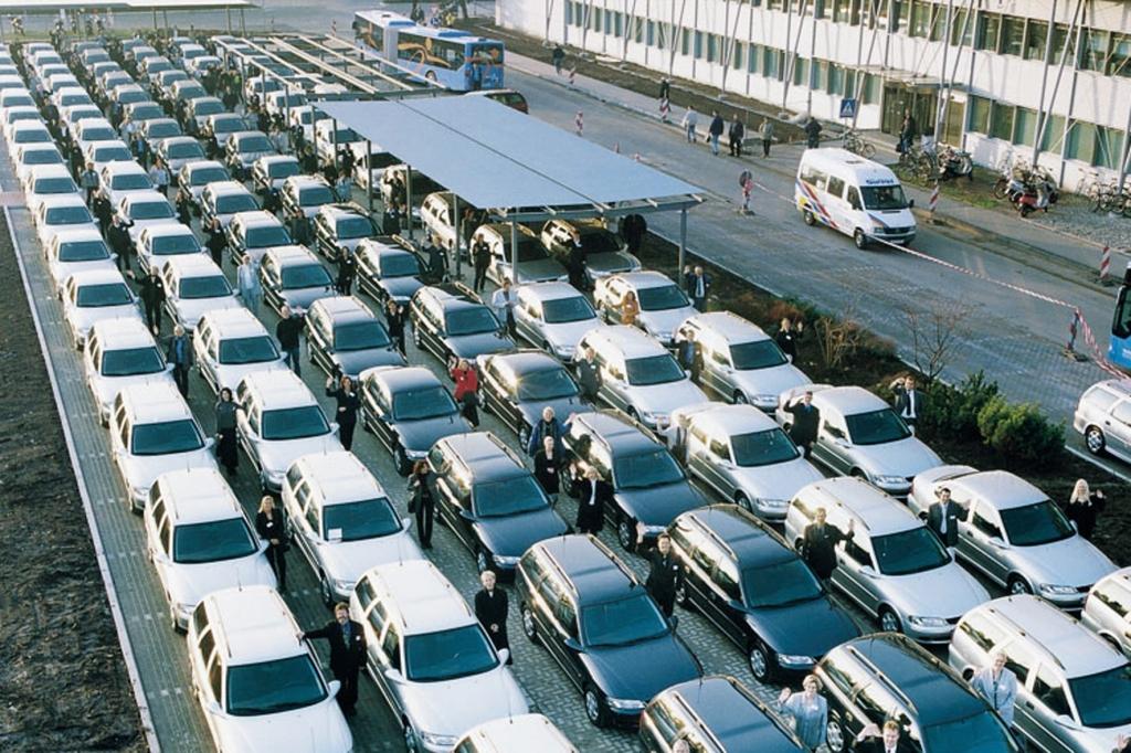 Einkaufsfinanzierung im Vergleich: Wer bietet die besten Finanzierungskonditionen für Autohändler