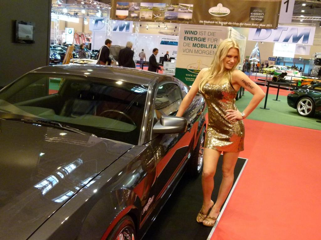 Essen Motor Show 2011: Die Messe-Girls