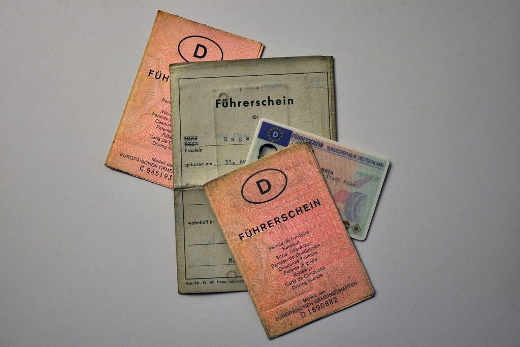 Führerschein trotz falscher Personalangaben gültig