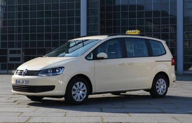 Fahrzeugfolierung für VW Sonderfahrzeugbau gestaltet Autos