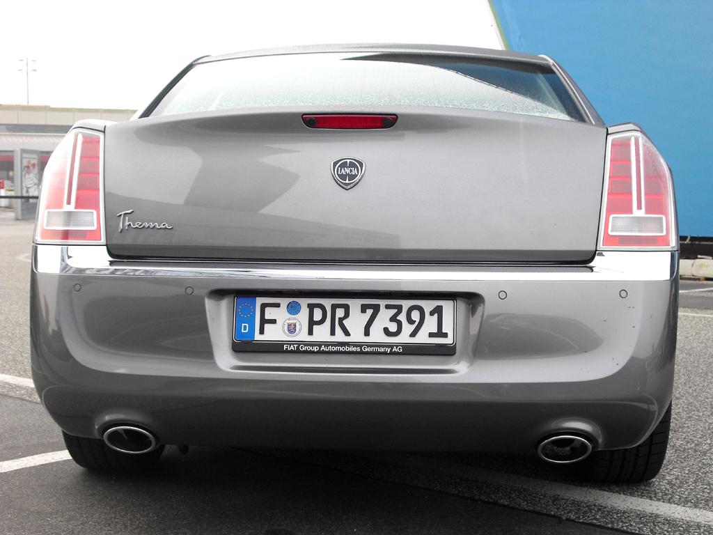 Lancia Thema: Die Heckpartie mutet durchaus auch noch amerikanisch an.