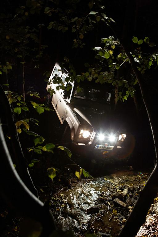 Land Rover Defender, 2012.