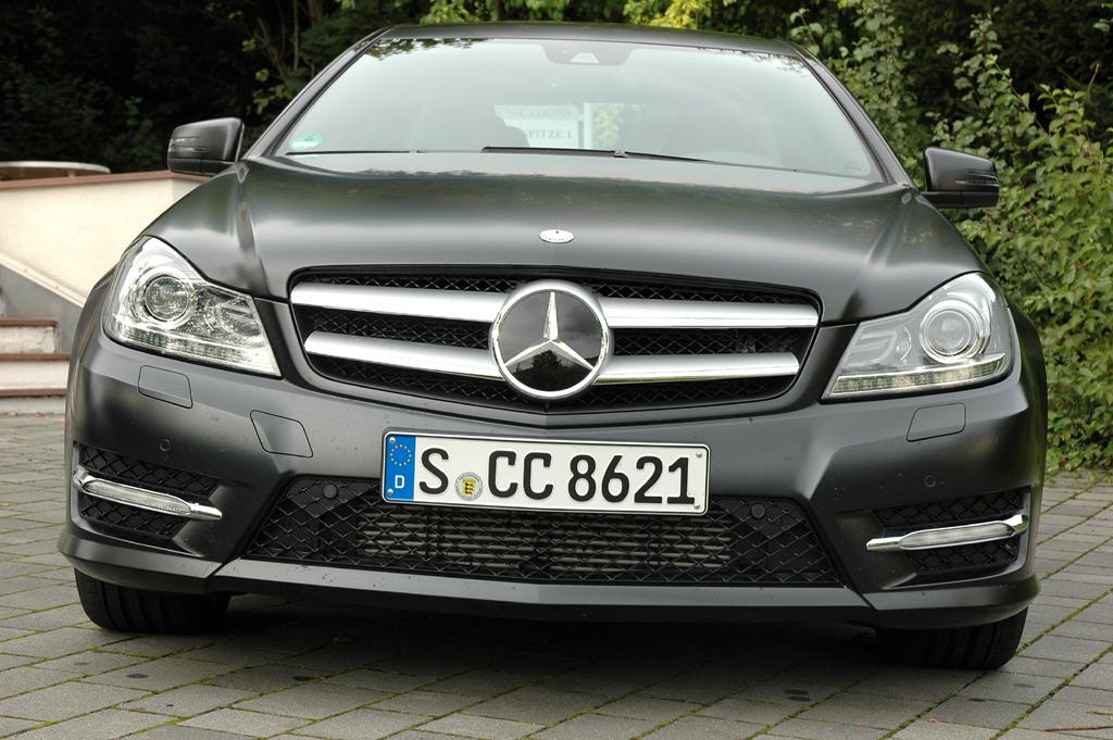 Mercedes C250 CDI Coupé: Blick auf die Frontpartie.