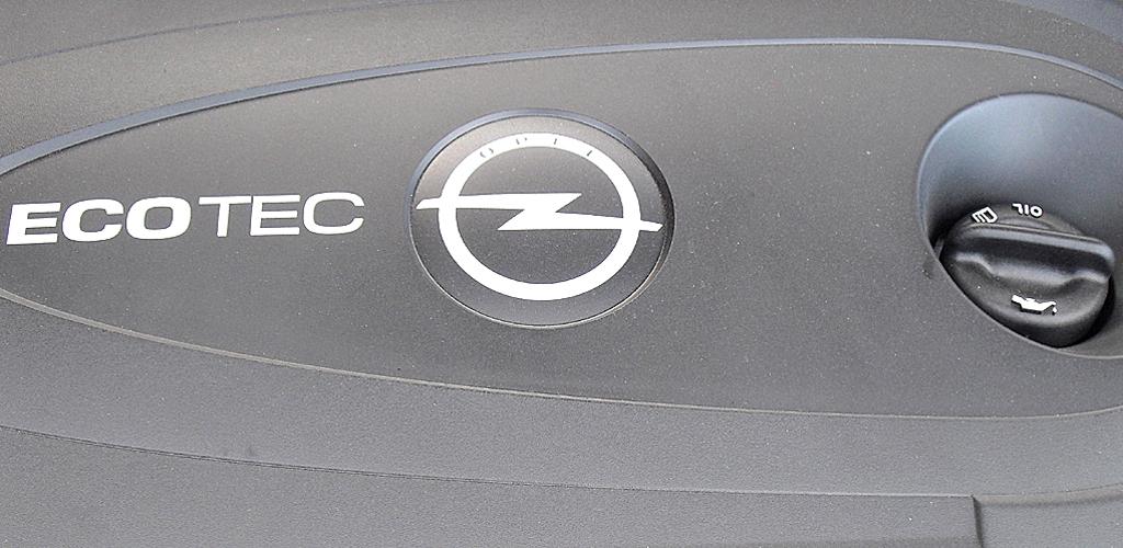 Opel Astra GTC: Vier Benziner und Diesel mit 100 bis 180 PS stehen zunächst zur Wahl.