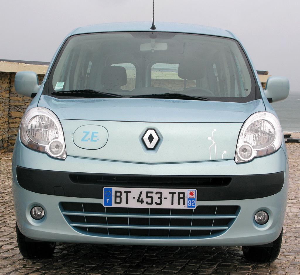Renault Kangoo ZE: Blick auf die Frontpartie.