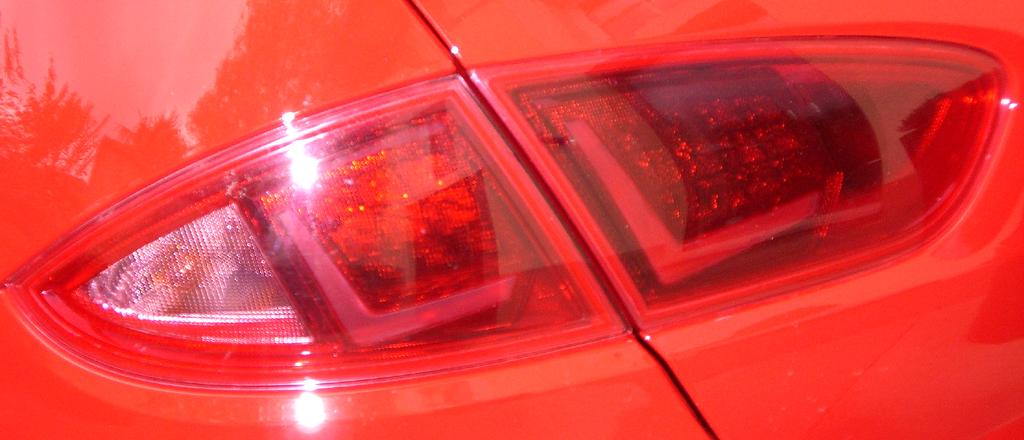 Seat León FR: Moderne Leuchteinheit hinten.