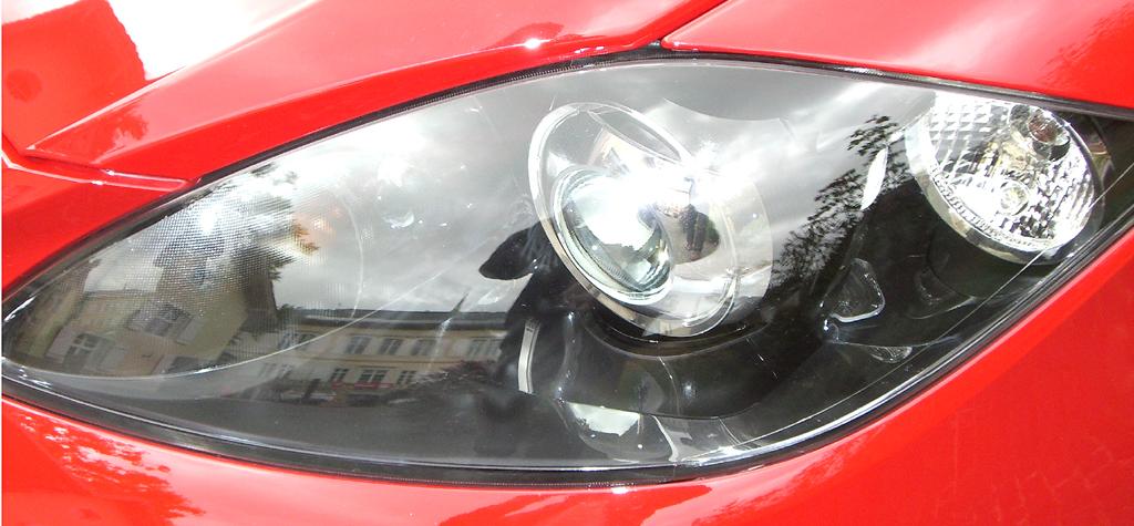 Seat León FR: Moderne Leuchteinheit vorn.