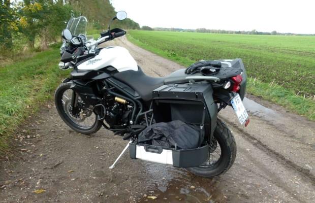 Test – Büse Motorradbekleidung: Handschuh Hurricane STX, Stiefel B10, Regensachen
