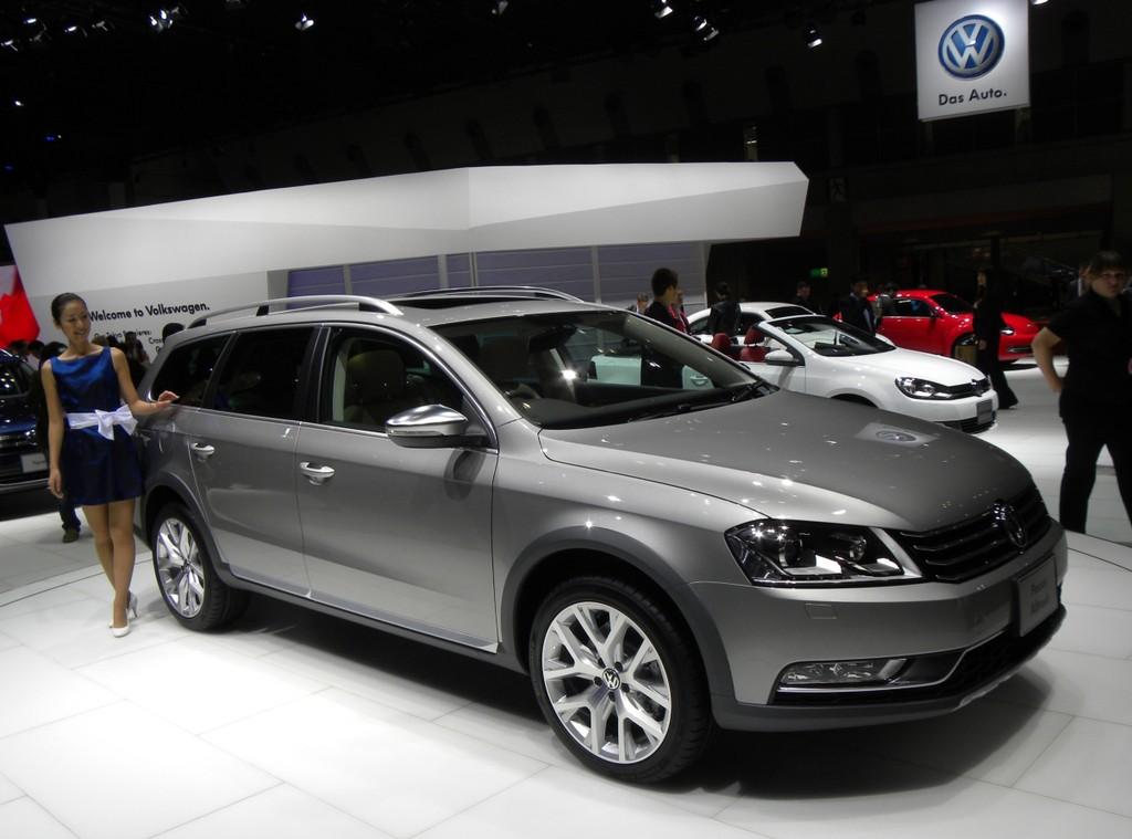 Tokio 2011: Volkswagen Passat Alltrack soll Lücke schließen