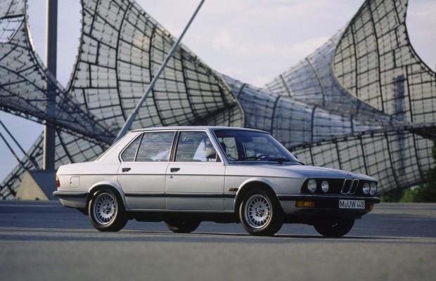 Tradition: 30 Jahre BMW 5er (E 28) - Revolution im Tarnmantel