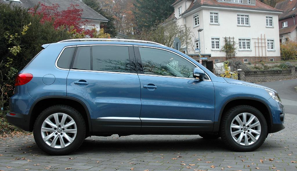 VW Tiguan: Und so sieht der Kompakt-SUV von der Seite aus.