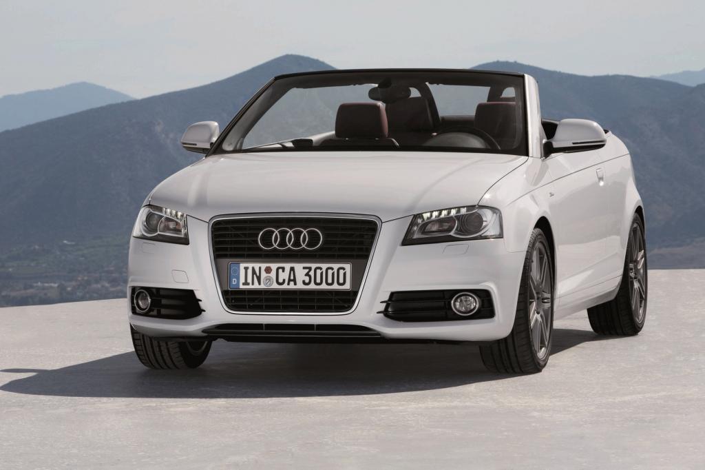 Wie bei Audi üblich fährt auch der Kompakte mit Stoffdach vor