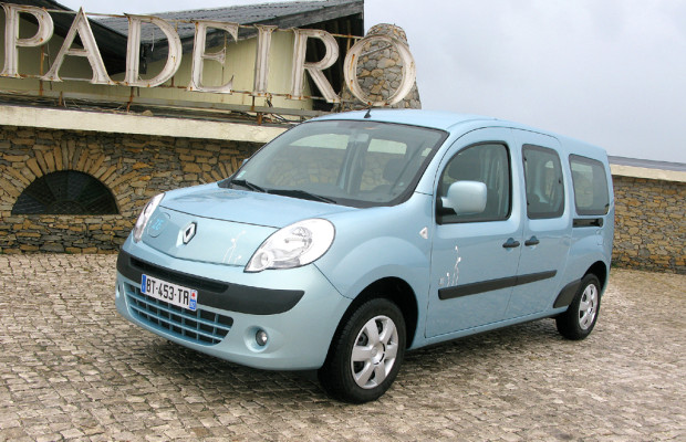 Wie elektrisiert: Renault lässt mit Kangoo ersten Serienstromer starten, Fluence folgt