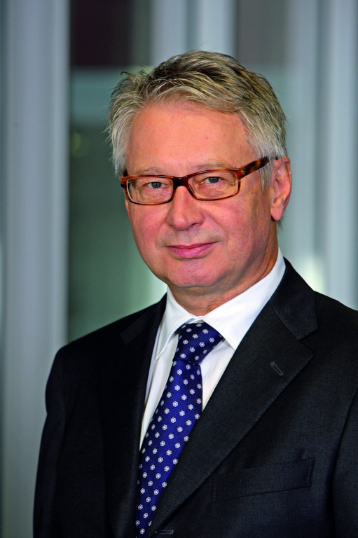 Wolf-Dieter Hellmaier.