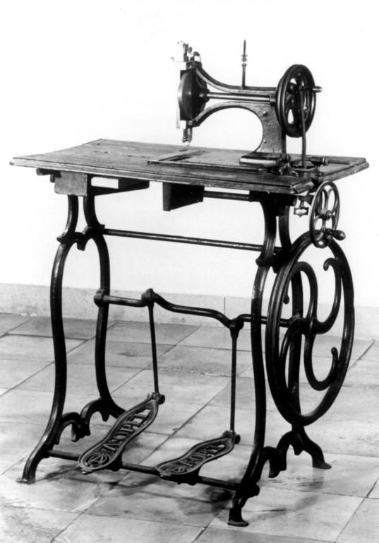 150 Jahre Opel: Die erste Opel Nähmaschine, 1862.