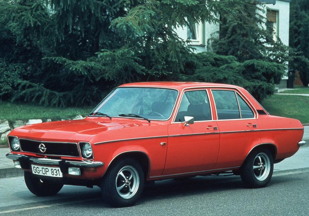 150 Jahre Opel: Opel Ascona A, 1970 bis 1975.