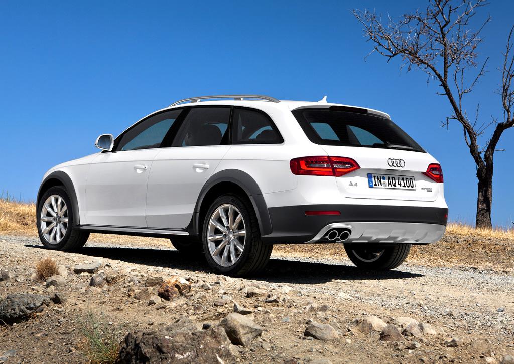 Audi A4: Heck-/Seitenansicht des Allroad Quattro.