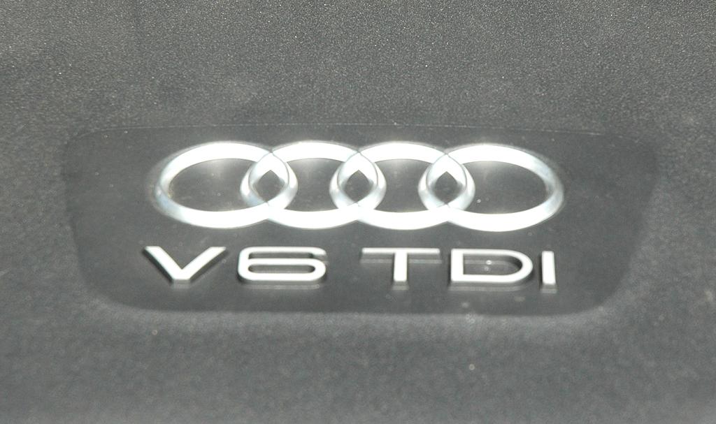 Audi A7 Sportback: ... 3,0-Liter-Sechszylinder-Selbstzünder.