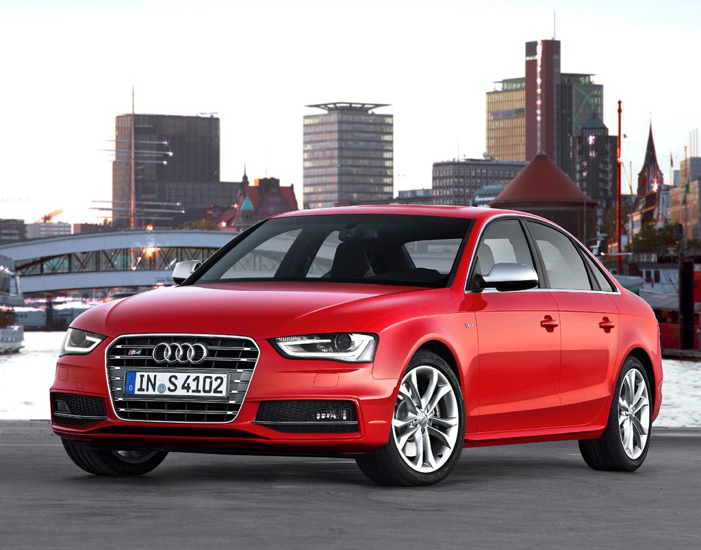 Audi S4, hier als Limousine.