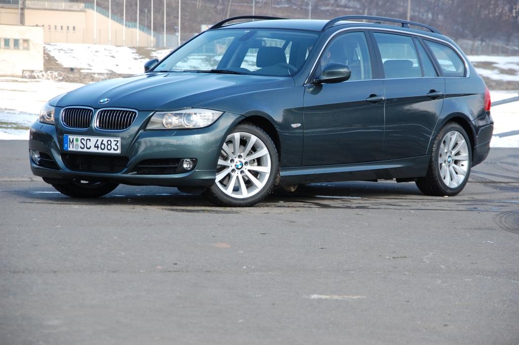 BMW gibt grundsätzlich für alle Pkw Modelle, sämtlicher Baujahre grünes Licht für den E10 Gebrauch, verweist aber auf die vorgeschriebene Oktanzahl gemäß der Betriebsanleitung.