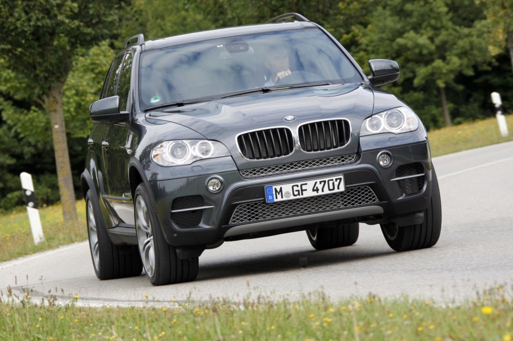 Bei den großen SUV liegt der BMW X5 vorn
